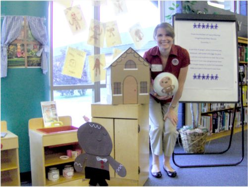 """Author Laura Murray at a school visit for """"The Gingerbread Man Loose in the School"""""""